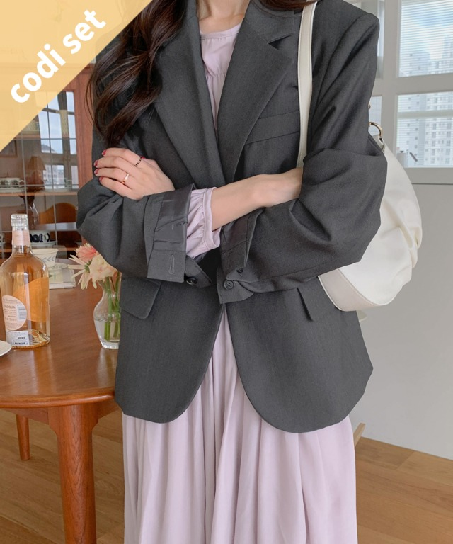 Manofin Jacket + Pauling Shirring Dress