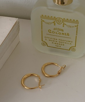 Gold ring earrings