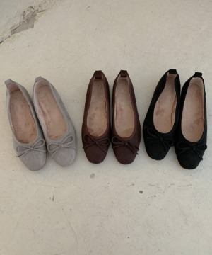 Loe flat shoes